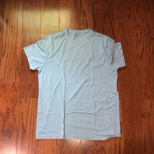 Other - Men's solid blue t shirt